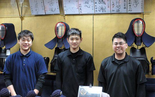 東山堂の新入社員たち